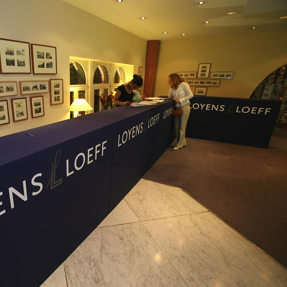 Kingkanary Loyens & Loeff decorbouw Custom Event
