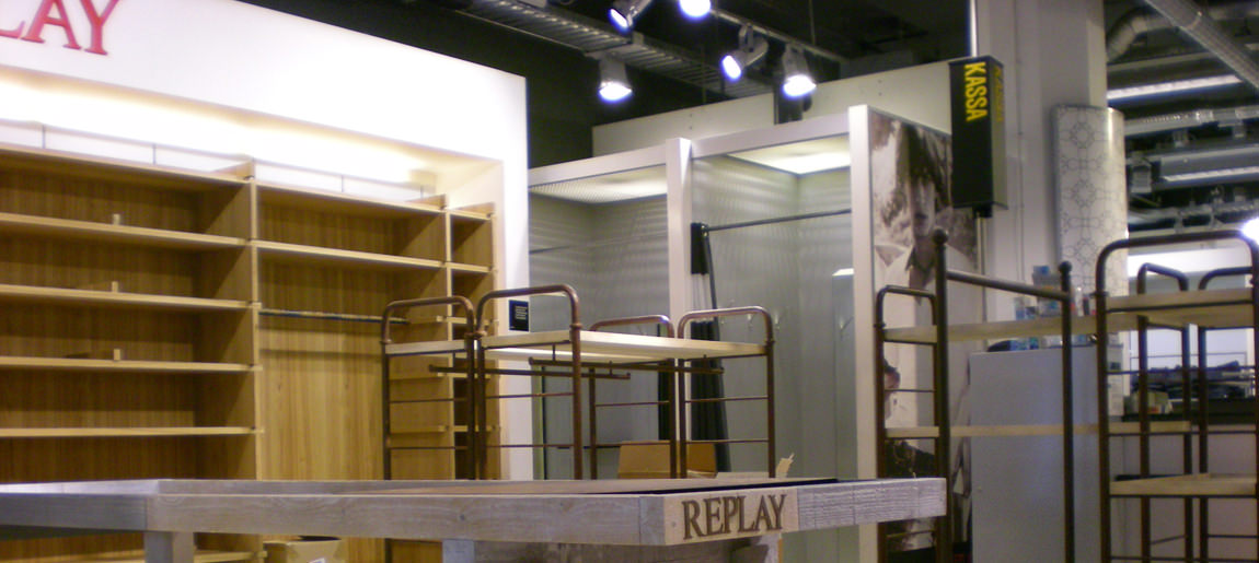 Replay Bijenkorf Utrecht interierbouw Custom Event