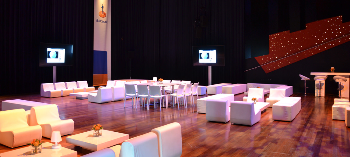 Verhuur Zaantheater Rabobank decorbouw_Custom Event