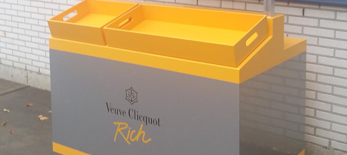 Marktkraam Veuve Cliquot decorbouw Custom Event