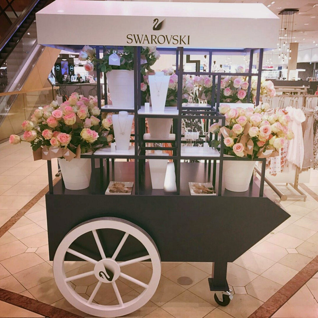 Swarovski Flower Carts interieurbouw CustomnEvent